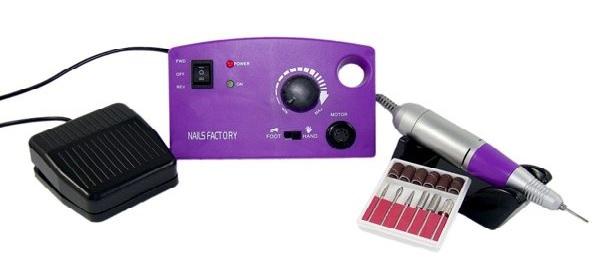 ein profi nagelpflege-system mit pedal